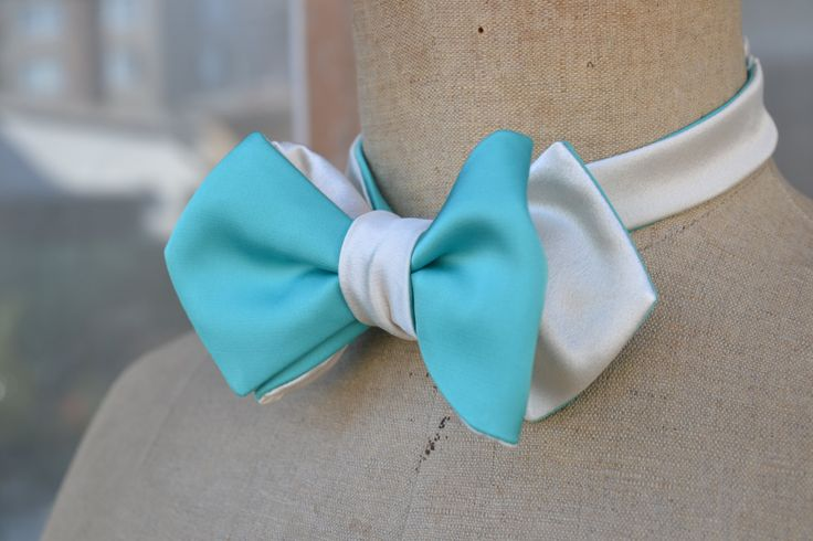 Beautiful silk mens bow-tie/ bow tie/ wedding bow tie/ cream and mint reversible bow tie by goldenbeastsfashion on Etsy