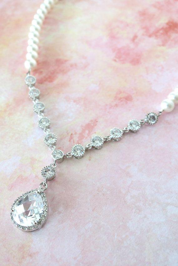 Cubic Zirconia Teardrop Necklace with Pearl, Hollywood Glamor, Vintage chic Necklace, white Wedding Necklace, Bridal Necklace, www.glitzandlove.com