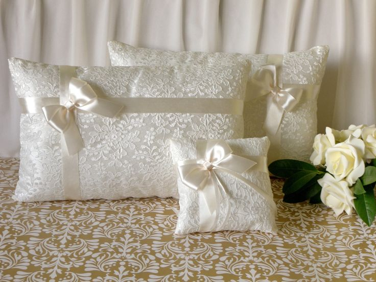 Set of ivory or white wedding kneeling pillows and a matching ring pillow Ceremony prayer & 23 best Kneeling pillows images on Pinterest   Cushions Wedding ... pillowsntoast.com