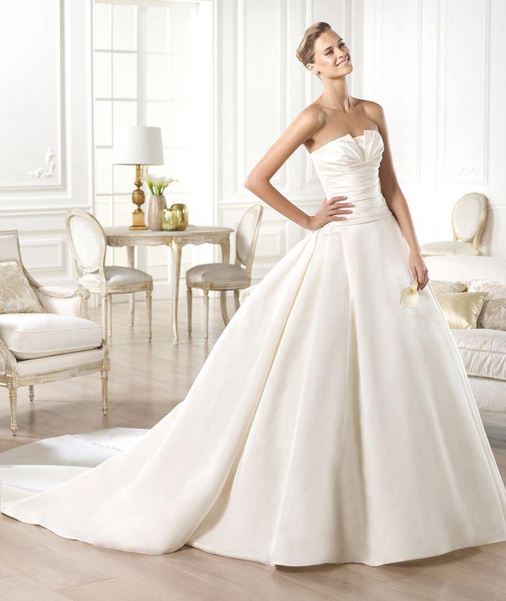 Robes de mariée de la collection Glamour 2015 - Pronovias
