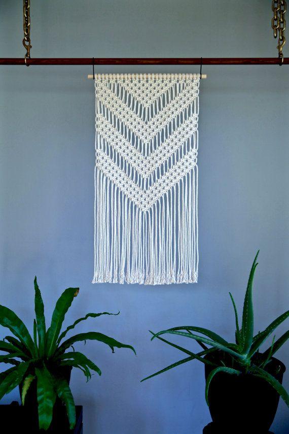 """Boho Macrame colgante de pared - blanco Natural del algodón cuerda 18"""" pasador de madera - casa, decoración infantil, patrón del galón geométrico - listo para enviar"""
