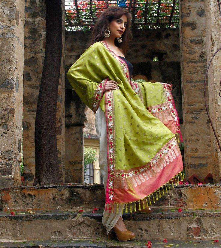 Green & Fuchsia Banarasi Silk Odhani with Parsi Gara Borders
