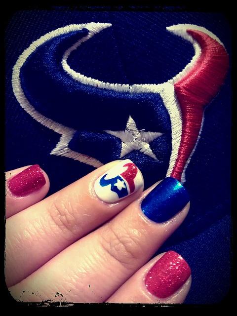 Texans nails ... Pretty