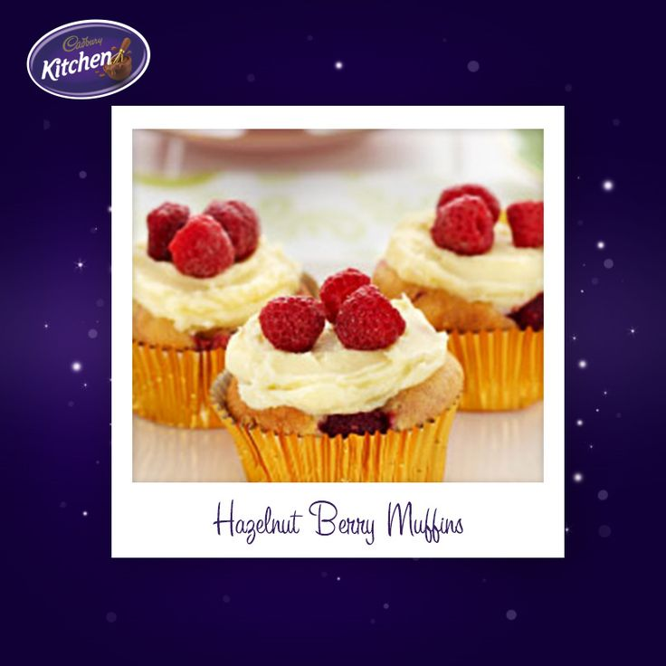 You can't go wrong with a batch of muffins for a spring time picnic. These Hazelnut Berry Muffins with White Chocolate Frosting deserve to be in your hamper this weekend! #spring #desserts #picnic #bakingrecipe #muffins #chocolate  To view the #CADBURY product featured in this recipe visit: https://www.cadburykitchen.com.au/products/view/cadbury-melts/
