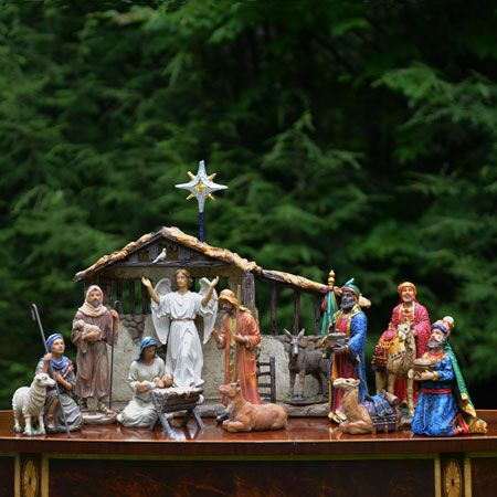 The Real Life Small Nativity And Lighted Stable The Holy