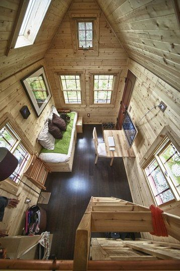 Small apartmentHome Interiors, The Loft, Tinyhouse, Little Cabin, Tiny Houses, Guest House, Living Room, Small Spaces, Tiny Home
