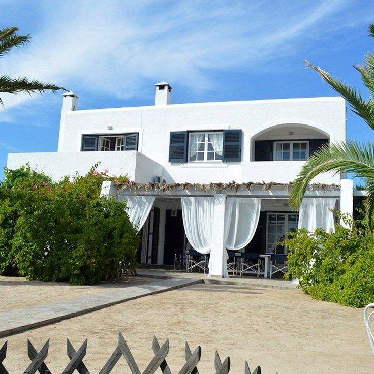 Villa Light, Ground Floor, Vrocheia Aegina Island, BetterHome's portofolio apartment. http://bit.ly/VillaLightGroundFloor ⛱ #diaxeirshakinhton #welcomemore #solutions #advice #airbnb #BetterHomeEU