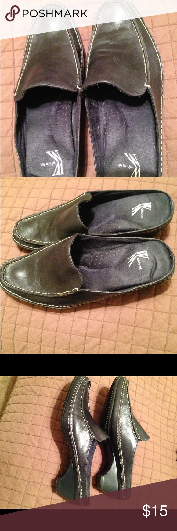 White Mountain Miles Comfy easy white Mountain Miles. Casual or business. Slip them on and go. white Mountain Shoes Mules & Clogs