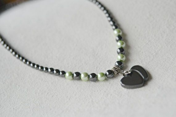 VALENTINE DOUBLE HEART hematite pendant with by AussemBoutique#valentineheart#love necklace#magneticnecklace#magneticjewelry#necklaces#magnetic#hematite#hematitejewelry#valentinesday#valentinegift
