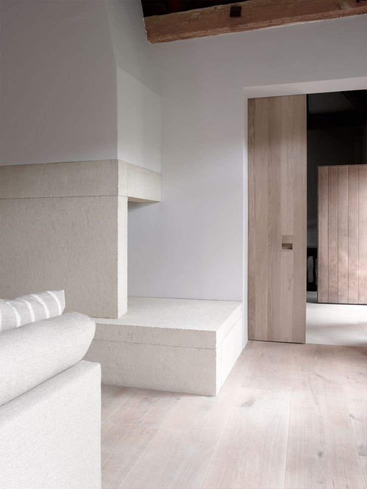| DETAILS | Photo Credit:  London based architect #McLaren.Excell. Lovely finish palette of soft whites paired with white washed oak & natural fir beams