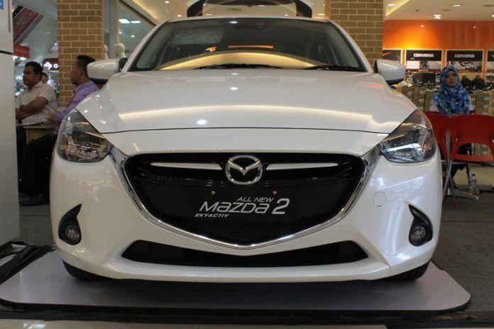 All New Mazda 2 Skyactiv semakin mejadi daya tarik magis. pada kendaraan beroda empat ini terdapat 7 fitur canggih,