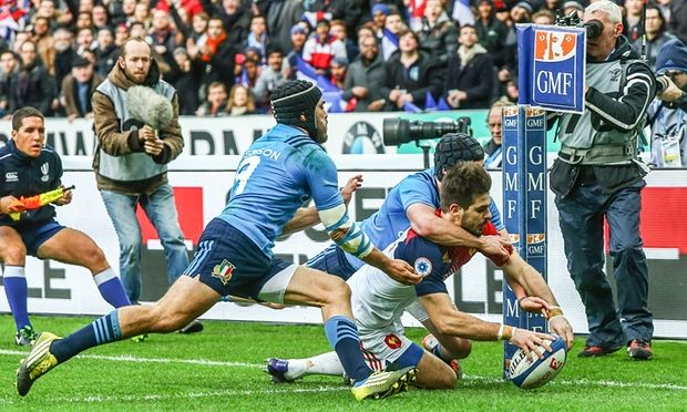 France's Hugo Bonneval scores a try in a 23-21 victory over Italy in the opening game of the 2016 Six Nations competition