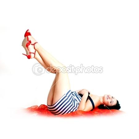 #60 #Adulto #Attraenti #Sfondo #Bella #Bellezza #Nero #Brunetta #Caucasico #Carina #Vestito #Moda #Alla moda #Femmina #Anni cinquanta #Ragazza #Glamour #Glamour #Splendida #Capelli #Felice #Home #Isolate #Dama #Gambe #Rossetto #Compongono #Modello #Uno #Persone #Persona #Perno #Pin Up #Pinup #Ritratto #Posa #In posa #Piuttosto #Rosso #Retrò #Seducenti #Sexy #Anni sessanta #Stile #Fino #Bianco #Donna #Donne #Giovane
