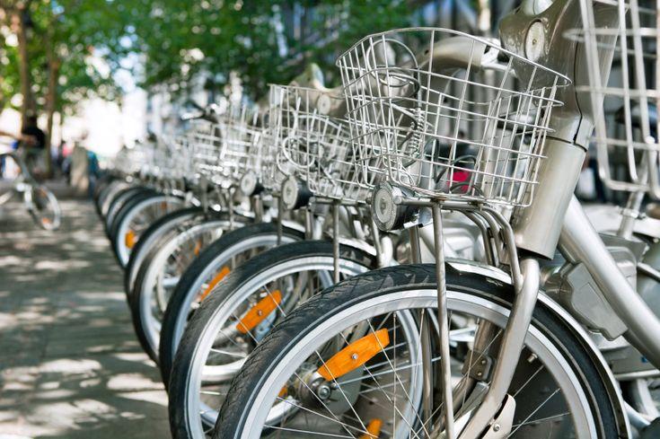 A startup Compartibike ajuda a espalhar o aluguel de bicicletas gratuitas ou bem baratinhas pela cidade.
