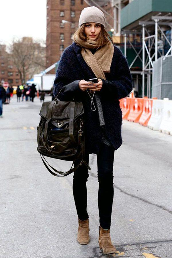 siyah jean pantolon ile kış giyimi