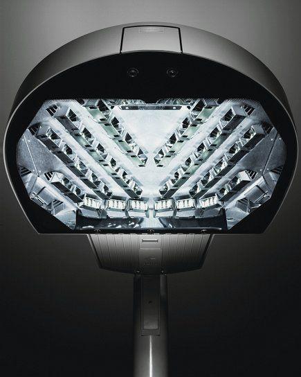 Kim Warp 9 Pole mounted LED Area Light