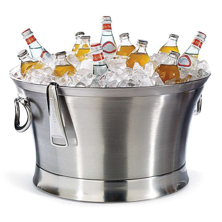 The optima beverage tub by Front Gate is perfect for any gathering!