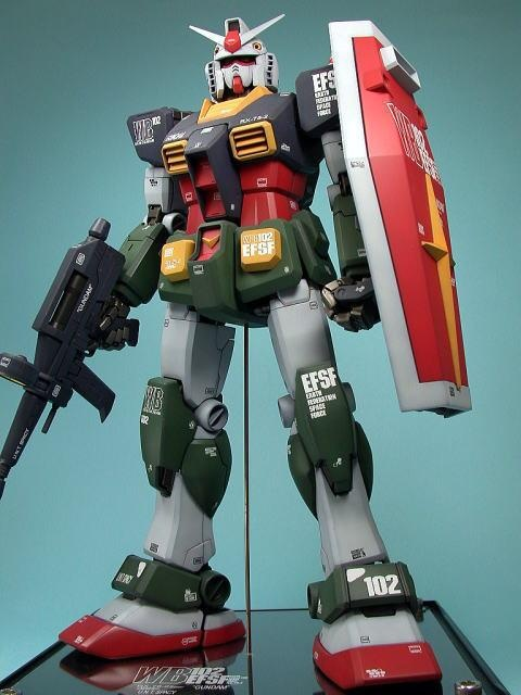 RX-78-2 Gundam (Real Type Color Version). Paint job by カプリチョ. #Gundam #GunPla