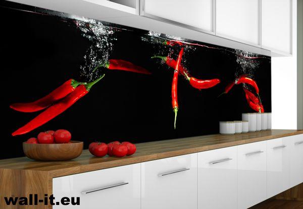 Zmywalna fototapetra do kuchni z papryczkami chilli.  http://www.wall-it.eu/product/photowallpapers/panoramy/panorama%20do%20kuchni%20papryczki.jpg #fototapeta #fototapety #mural #murals #kitchen #kuchnia #chilli #red #czerwony #black #czarny #backgroung #tlo #aranzacja