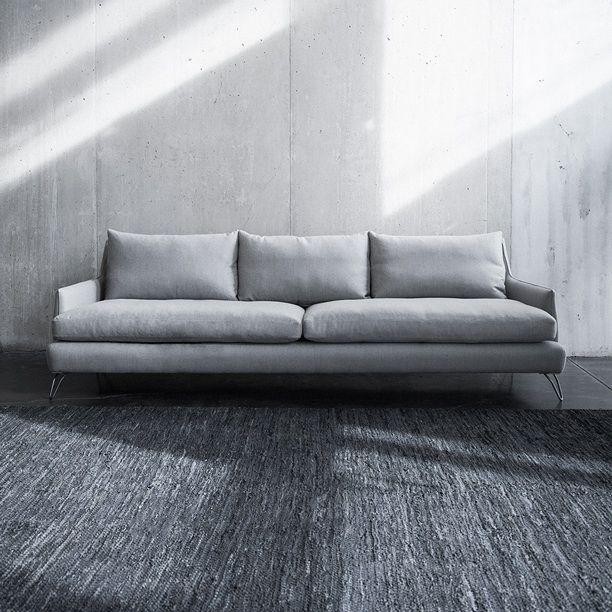 Perfect New 2014 Sarah Sofa Shown In 100% Wool. Available At All Montauk Sofa  Locations