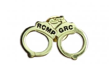 $2.99 A very unique and subtle pin that lets others know you don't mess around! Add the handcuff lapel pin to your lapel and show your support for the RCMP while displaying a very cool lapel pin. Pin is approximately 2 cm high.