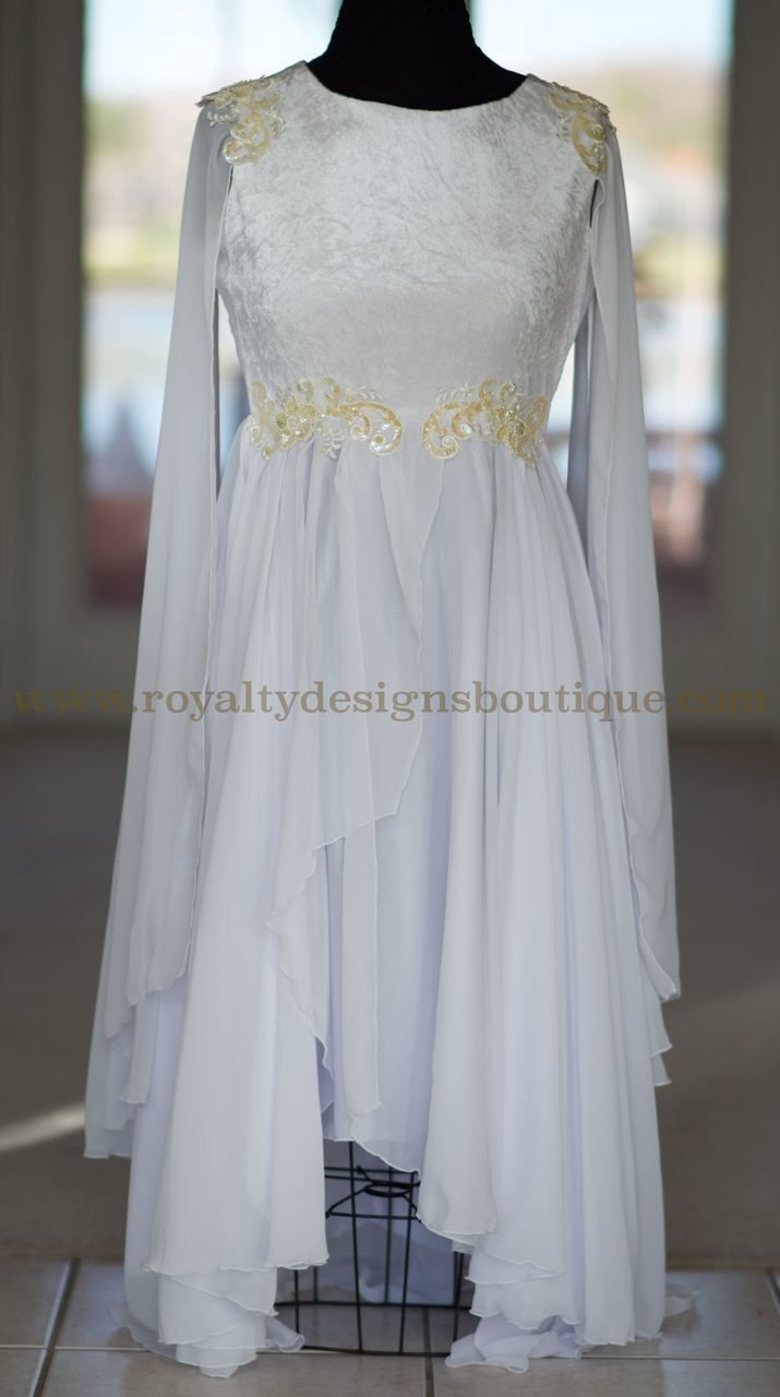 VESTIDO BLANCO 'ALAS DE ANGEL' / 'ANGEL WINGS' WHITE GARMENT - Royalty Designs Boutique
