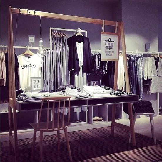 Here's a peek into our brand new Retail concept at the new opened store in Horsens, Denmark @vilaclothes_horsens! We really love it! What about you?  #retailconcept #horsens #vila #shopconcept #shop #interior #fashion #newstore #vilahorsens #vilaclothes #confidence #retail