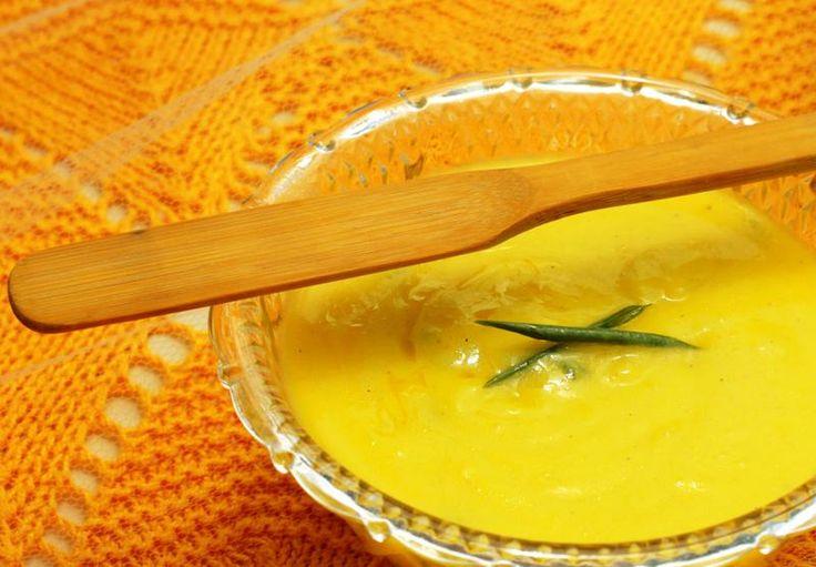 Maionese de batata com curry e alho-poró