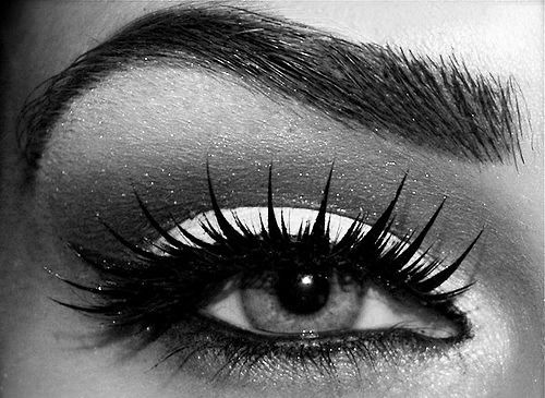 I want these lashes: Make Up, Eye Makeup, Eyelashes, Color, Eye Shadows, Yellow Eyeshadows, Blue Eye, Eyemakeup, Eyebrows