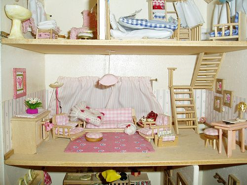 living room doll's house