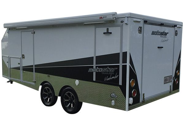 Enclosed motorcycle trailers that pack a mean punch. Revolutionise your motorcycle camping adventure with our Pro Series Pop Top motorbike camper trailers.