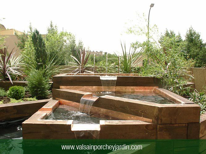 1000 images about fuentes on pinterest backyard ponds - Traviesas de tren para jardin ...