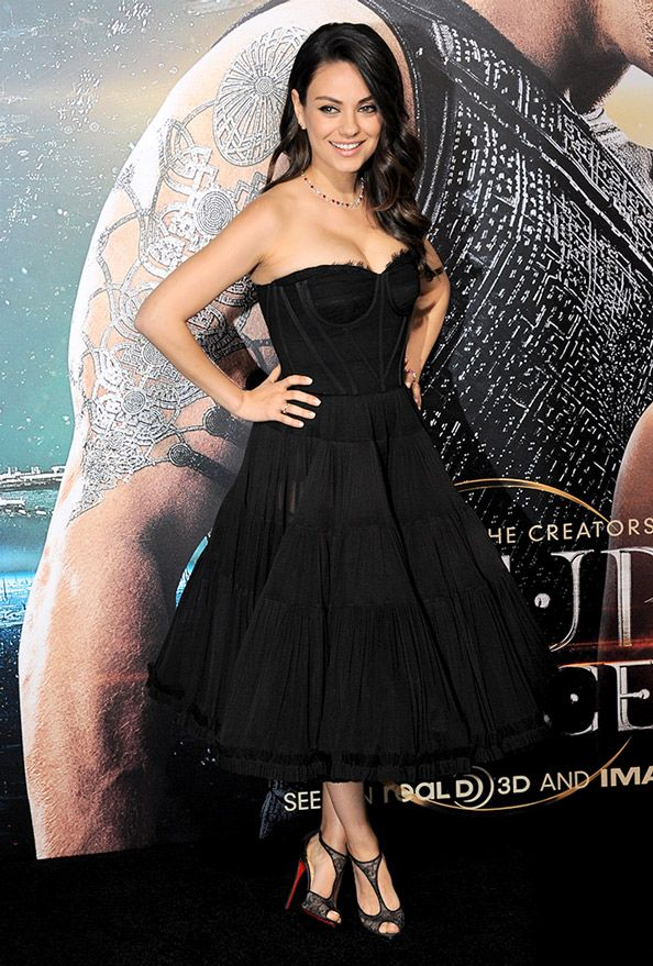 Mila Kunis Shows Off Post-Baby Body in Stunning Corset Dress at Jupiter Ascending Premiere  #InStyle