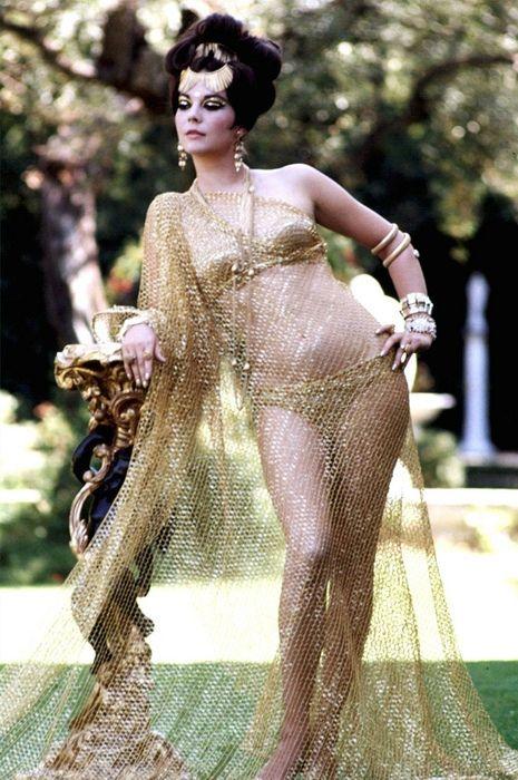 Natalie Wood: sixties swimwear