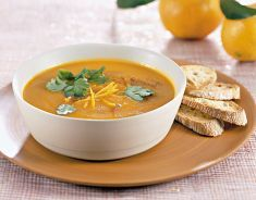 Crema di zucca e carota al succo di clementine e zenzero