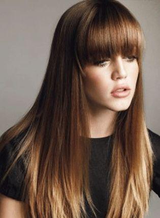 Hairstyle- corte de cabello recto con flequillo y decoloración de puntas