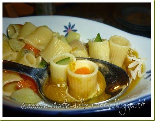 Le Ricette della Nonna: Pasta fredda vegan con verdure alla crema di zucca...