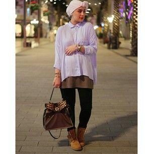 Ascia_AKF Late night OOTD! Shirt: Zara, Jeans: Citizens of Humanity, Shoes: Timberland, Bag: Saint Laurent #18Weeks