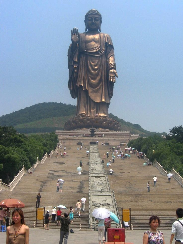 The Spring Temple Buddha (Henan, China) is the world's tallest statue at 502 feet