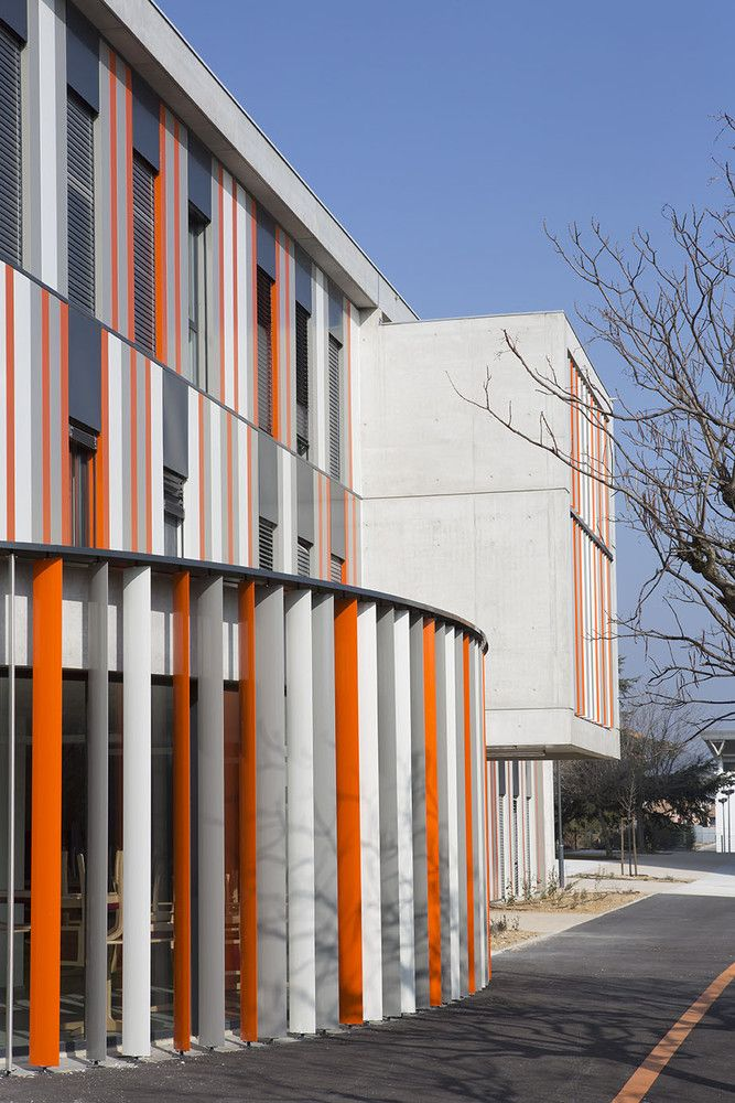 Galeria de Escola de Segundo Grau Lycée Albert Einstein / NBJ Architectes + François Privat - 4
