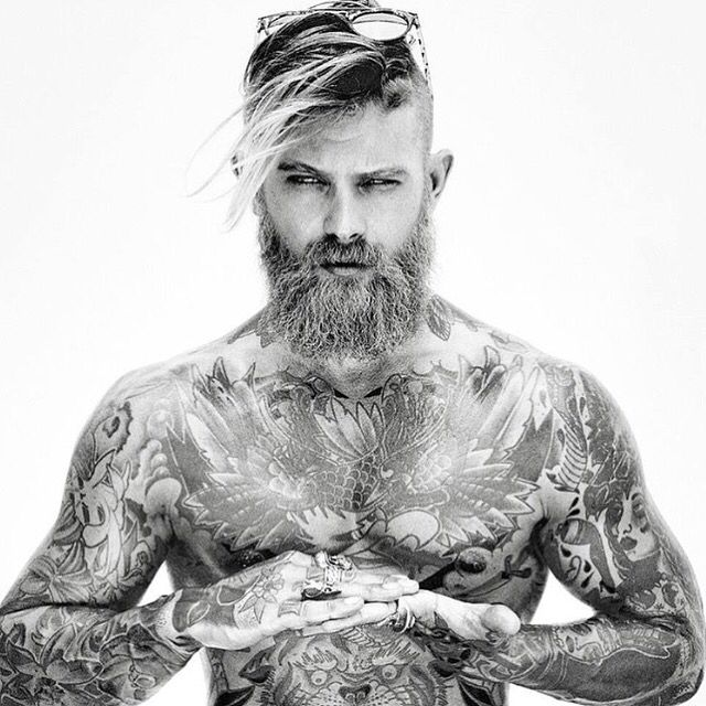 78 best images about sexy men with beards on pinterest i love beards beards and men beard. Black Bedroom Furniture Sets. Home Design Ideas