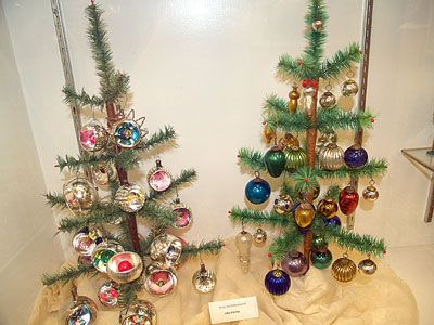 64 best Golden Glow of Christmas Past images on Pinterest ...