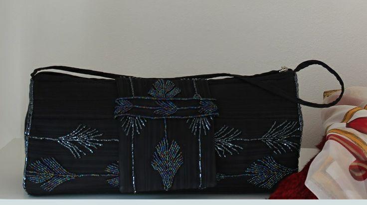 Handmade purse by Renata Vespa. beads, purse, glamour, women