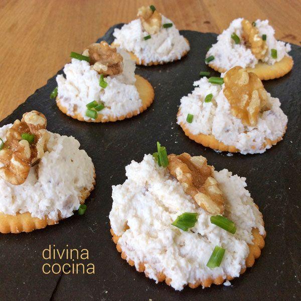 Esta mousse de queso de cabra y nueces es fácil de hacer y resulta muy cremosa y suave. Se puede preparar con queso crema o queso fresco.