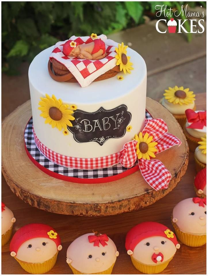A Baby-Q themed cake for this little princess!