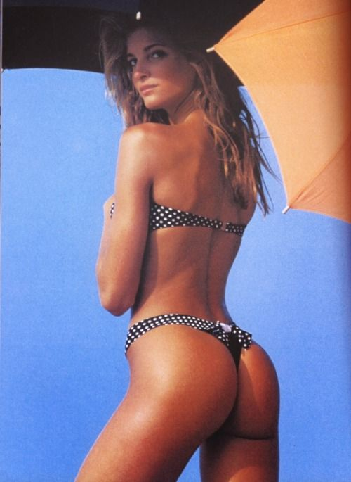 @PinFantasy - Polka dots - Stephanie Seymour    Sports Illustration