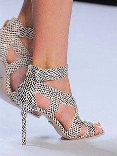 #veronikamaine #blackandwhite #inspiration #summer13 #heels