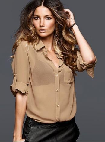 Прозрачная блузка на девушке