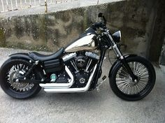 Alamel's Harley Street Bob fitted with the extended length Voodoo Fender.   Rocket Bobs