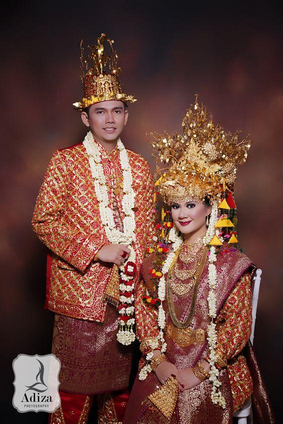 f68c91ce672641275a2551df3bd1c19e wedding costumes wedding outfits